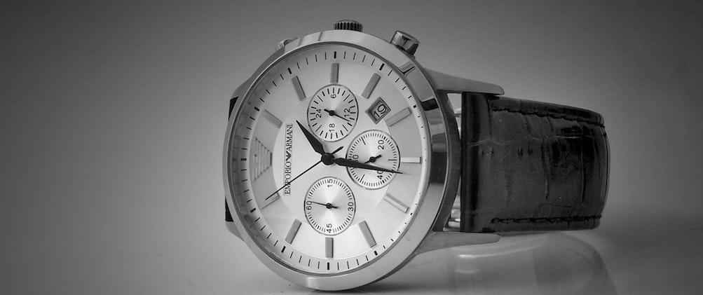腕時計は付けるべし!