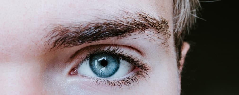 医療レーザーで眉毛脱毛? 眉を整えるポイントと照射可能範囲